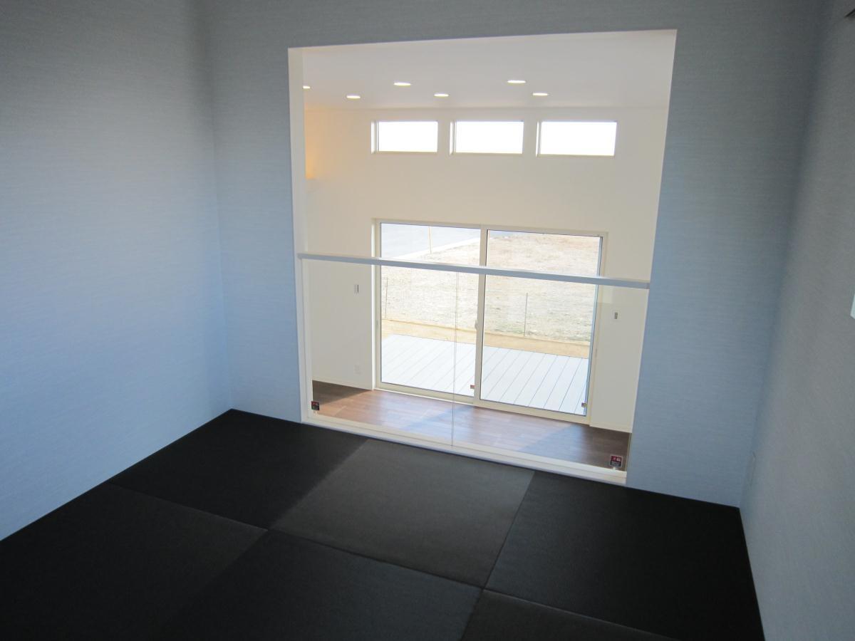 1.5階のモダン和室からの眺め