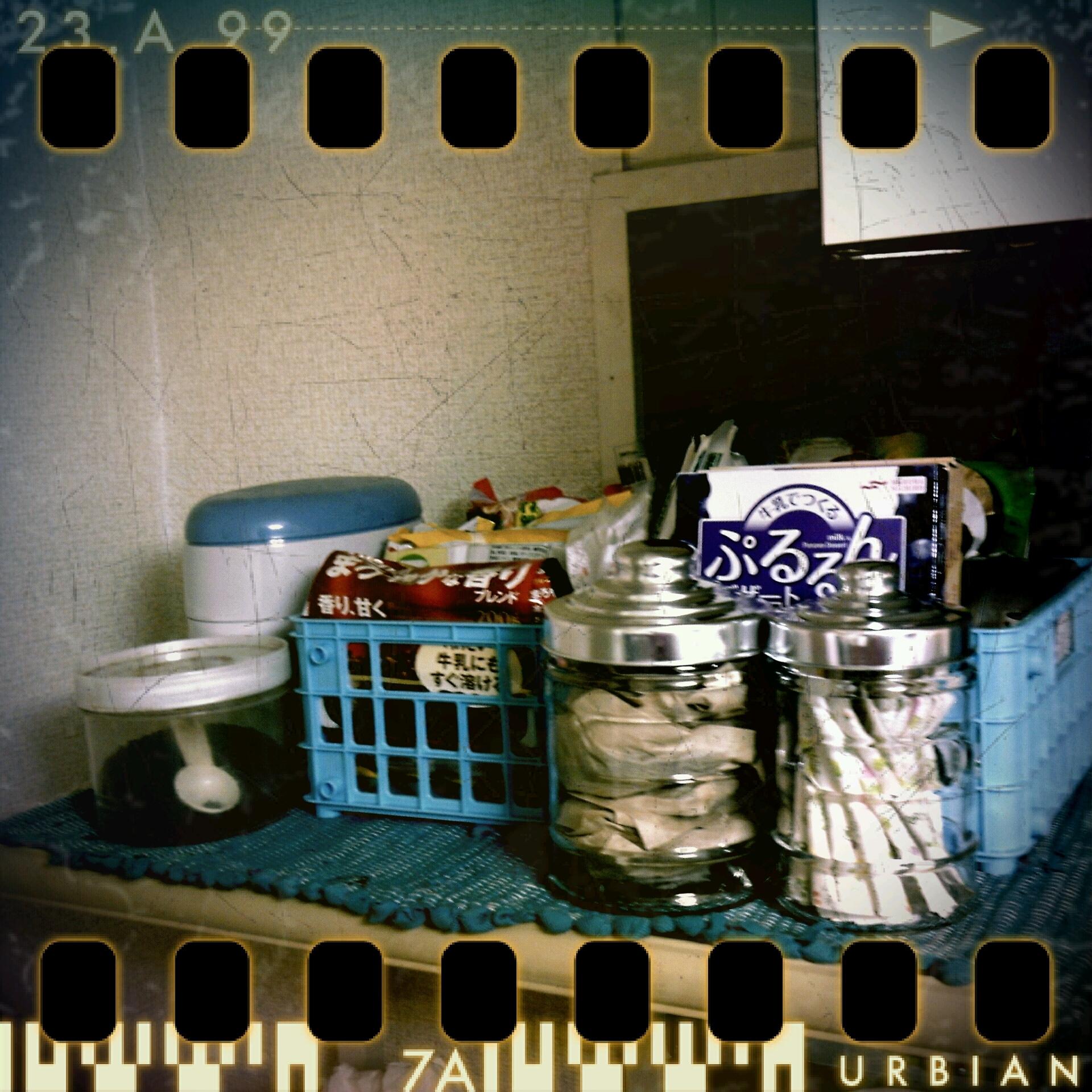 キッチン棚一部分