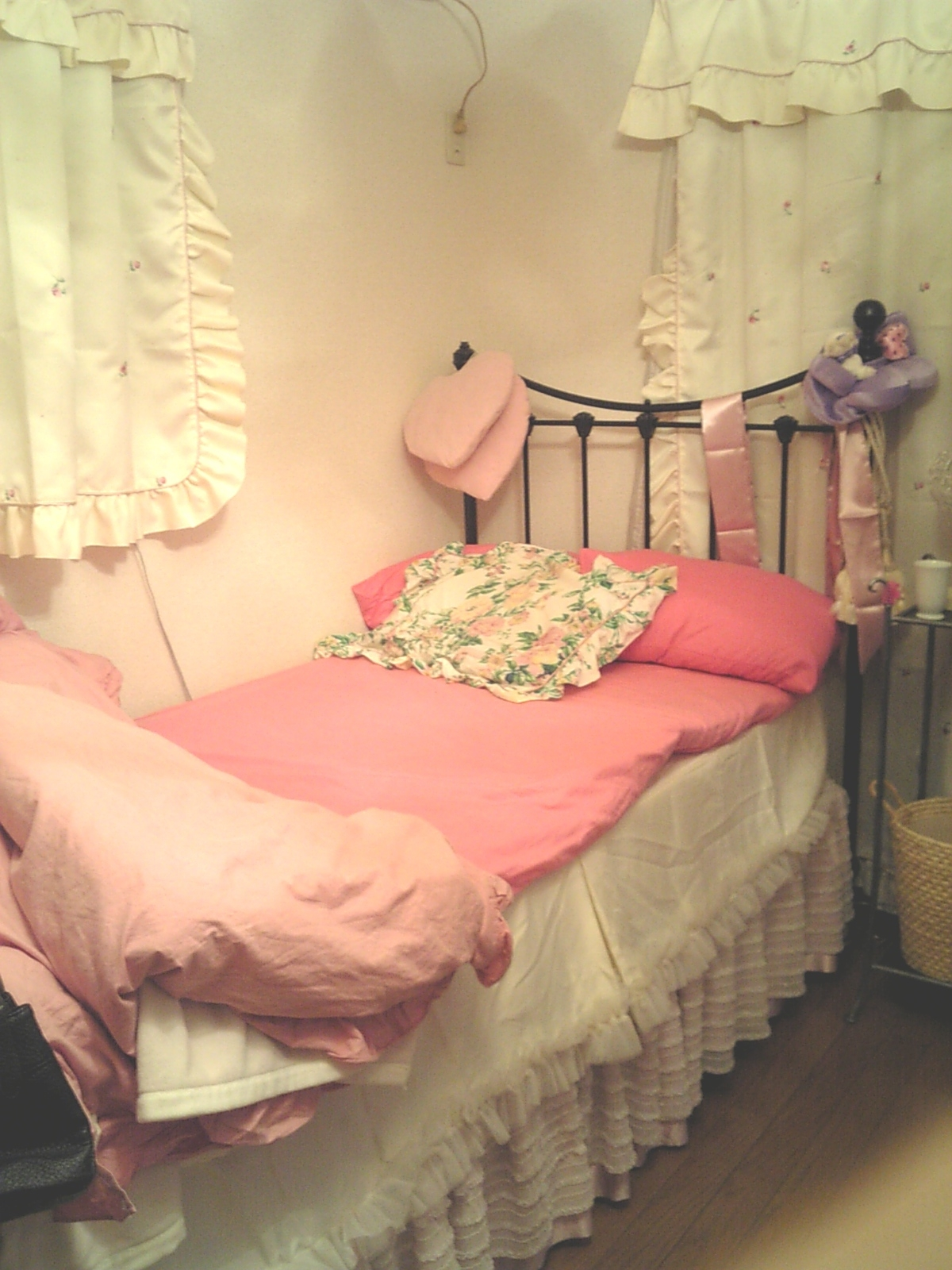 実家のMY BED
