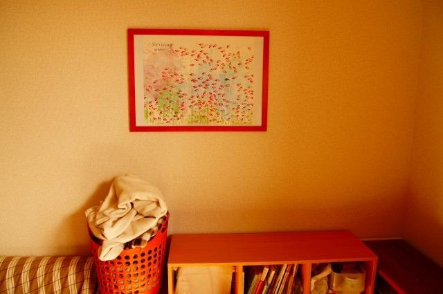 壁にポスター